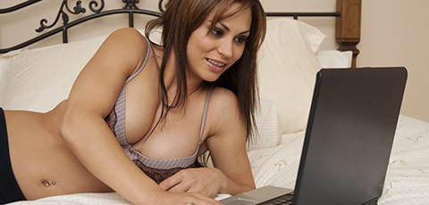 Hot women dating sites